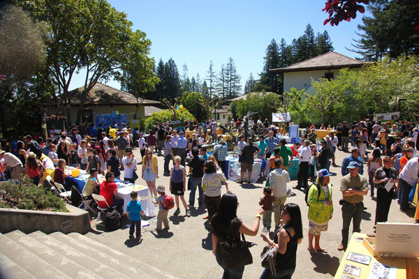 Photo of the picnic, which attracted a large crowd to the Cowell Courtyard.