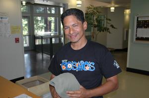UC Santa Cruz professor aims to expand science internships