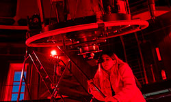 Lick Observatory continues popular Spanish program